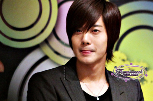 Khj_presscon0606_015