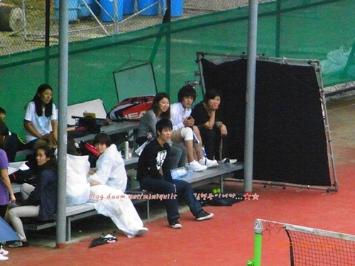 Tennis2vert